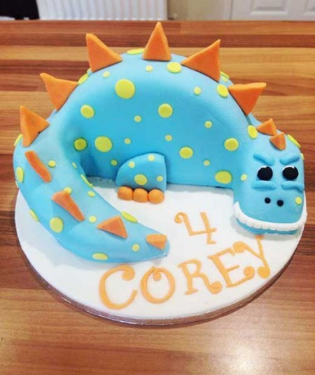 dinasaur-birthday-cake