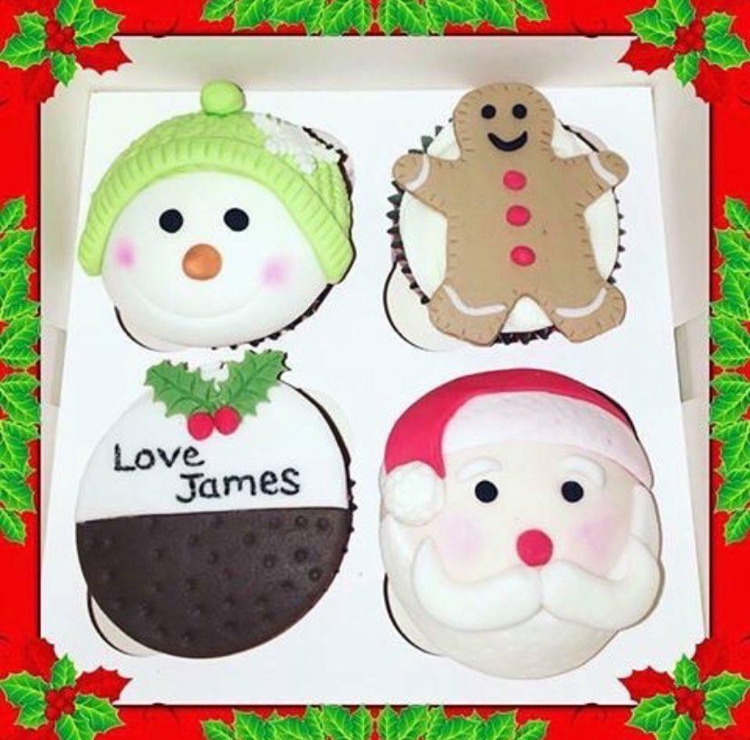 Cornerhouse Cakes hCristmas Cup Cakes
